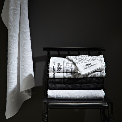 Frotteetücher  Essenza Bathing in Beauty Design von Marcel Wanders Weiß/ Schwarz